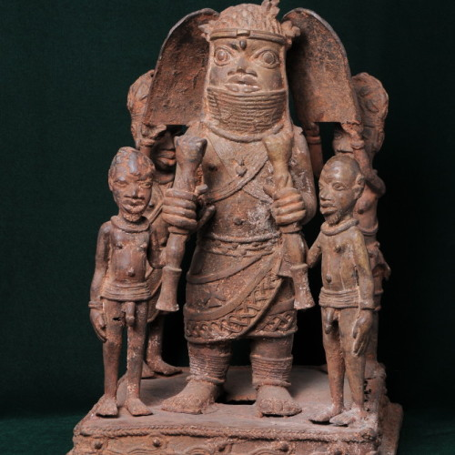 Nigerian chief with two sons and two servants (bronze) front full