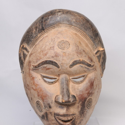 Baule dance mask, Ivory Coast, with cicatrization on cheeks (scarring for ritual, beauty, or aesthetics)